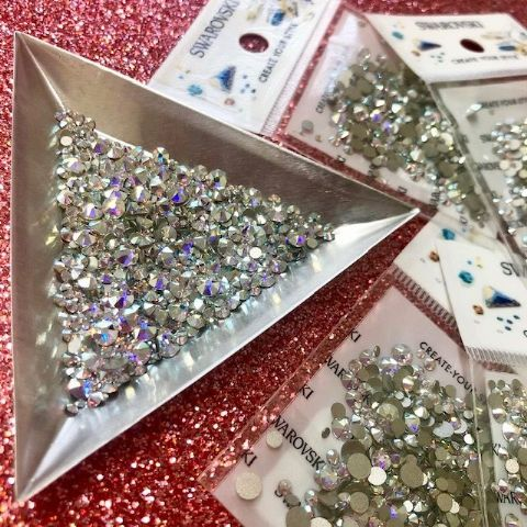 Mixed Pack of 500pc Swarovski Flatback Crystals, No-Hotfix, SS3/SS5/SS7/SS9/SS12/SS16. Crystal AB.